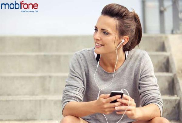 tặng 50% giá trị thẻ nạp Mobifone