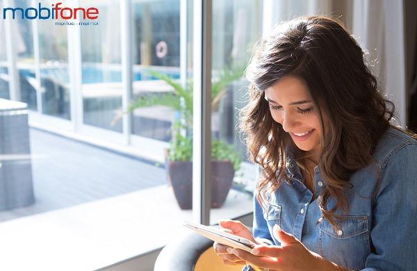 Khuyến mãi Mobifone tặng 50% giá trị thẻ nạp ngày 28/12