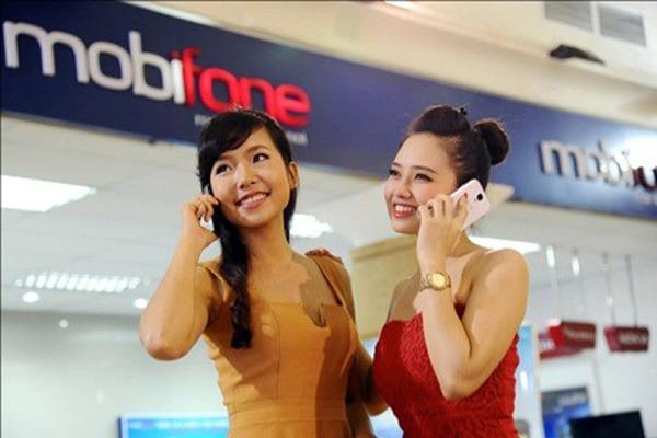 khuyến mãi 100% thẻ nạp Mobifone cho sim trả trước kích hoạt từ 18/8