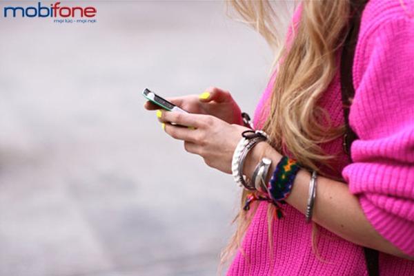 Mobifone khuyến mãi  tặng 50% giá trị thẻ nạp ngày 15/2